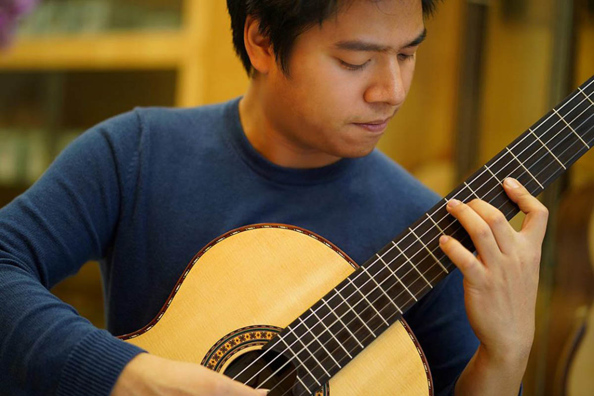The Life of a Vietnamese Virtuoso Away from His Home Country
